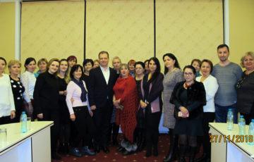 """<div align=justify><b><font size=3>27-28.11.2018 Asistentele medicale, felcerii-laboranți și registratorii-medicali angajați ai Centrului de Medicină Legală au participat la cursul de instruire cu genericul """"Cele mai bune practici de răspuns la cazurile de violență în familie"""", organizat de A.O. """"Centrul de Drept al Femeilor"""" în parteneriat cu Centrul de Medicină Legală, cu suportul financiar al Guvernului Suediei.<br><br></b><font size=2>Salutăm organizarea acestor instruiri în vederea îmbunătățirii conlucrării și ridicării nivelului calității serviciilor prestate."""