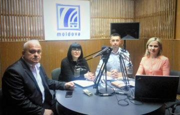 """<div align=justify><font size=3><b>21.05.2019 ora 10.15 Directorul Centrului de Medicină Legală Valeri Savciuc a participat la emisiunea """"Spațiul Public"""", difuzată în direct la Radio Moldova, IPNA Compania """"Teleradio-Moldova"""" cu genericul Programul de reeducare a conducătorilor auto nedisciplinați, numit prin programul Drink and Drive."""