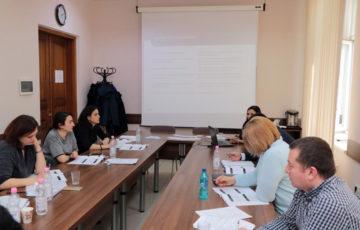 """<div align='justify><b><font' size='3>25-27.02.2020' Cursul de instruire ISO 9001:2015<br><br>În perioada 25-27 februarie 2020, șapte reprezentanți din partea CML au participat la cursul de instruire """"Auditor intern pentru sisteme de management al calității (SM EN ISO 9001:2015)"""", organizat de către Institutul de Standardizare din Moldova.<br><br><font size='2>În' decursul celor trei zile de instruire, au fost abordate următoarele subiecte: analiza cerințelor standardelor SM EN ISO 9001:2015 și SM EN ISO 19011:2018, planificarea și coordonarea programului de audit, monitorizarea performanței auditului și a aplicării programului de audit."""